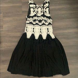 Angel Biba embroidered dress (LF)